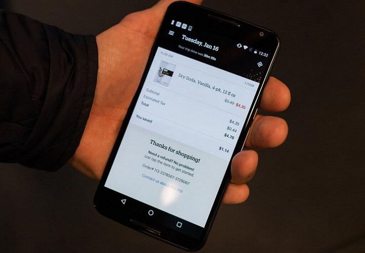 Деньги за покупку списываются с личного счёта в Amazon