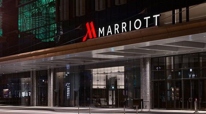 Marriott возвращает от 1,5% до 3,6% от стоимости проживания за бронирования, сделанные через их официальный сайт